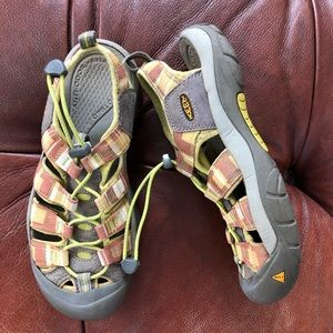Keen Water Sandal Bungee Lacing System 38.5 8